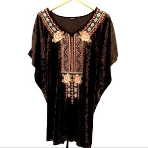 Andree by Unit Crushed Velvet Butterfly Tunic Top
